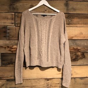 American Eagle crewneck sweater